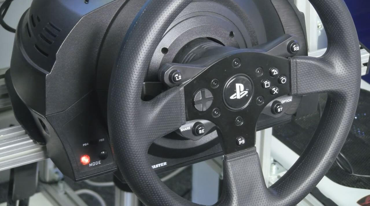 oculus rift steering wheel thrustmaster