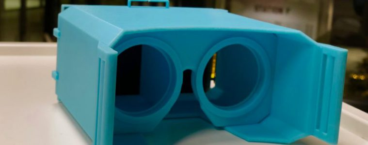 young student built vr headset